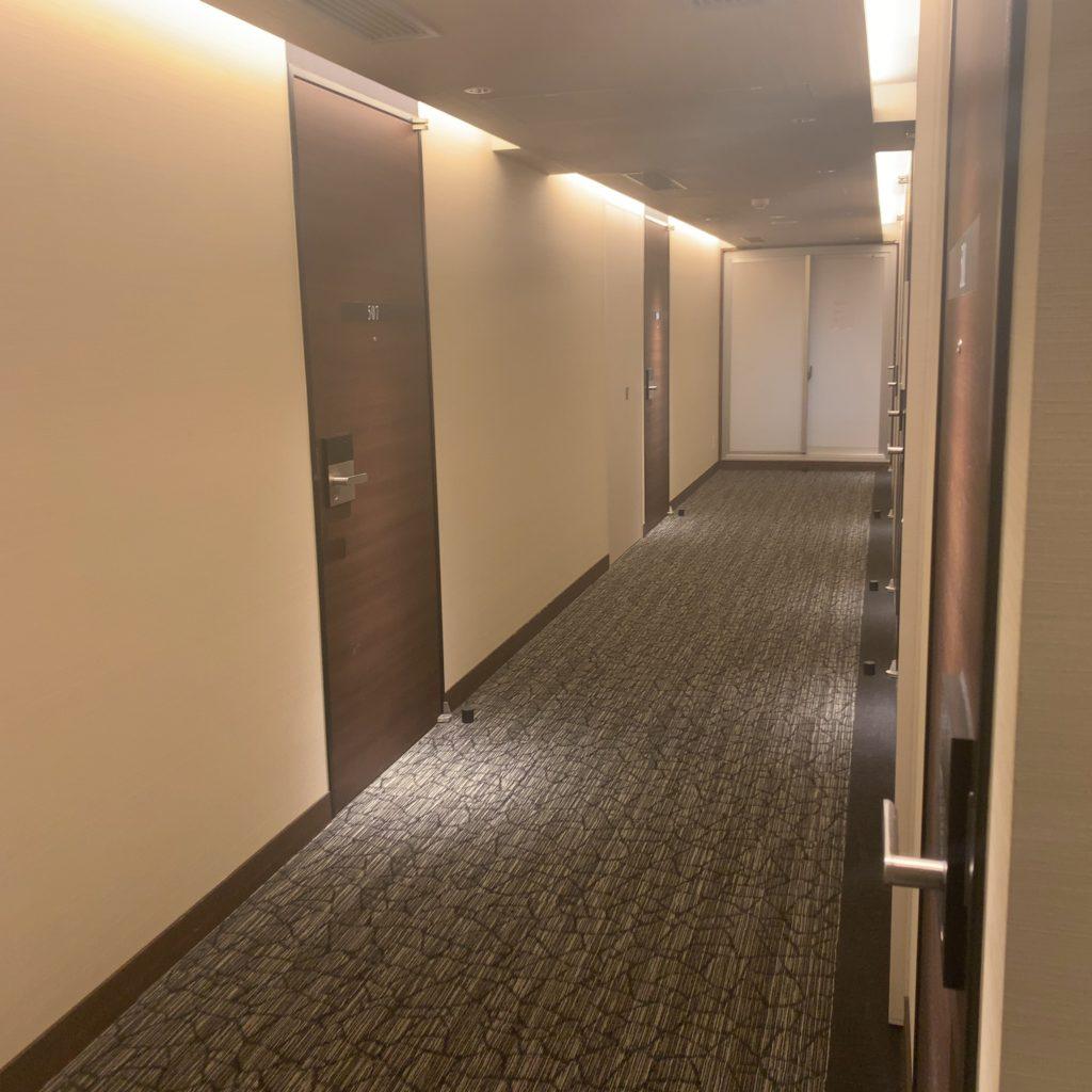 『HOTEL EMIT UENO(ホテルエミット上野)』通路